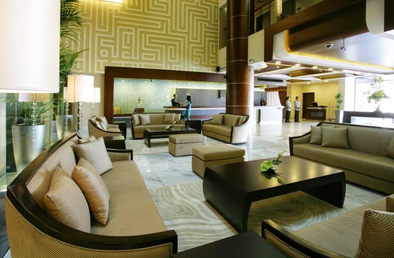 Auris-Plaza-Hotel-otcsillagos-szalloda