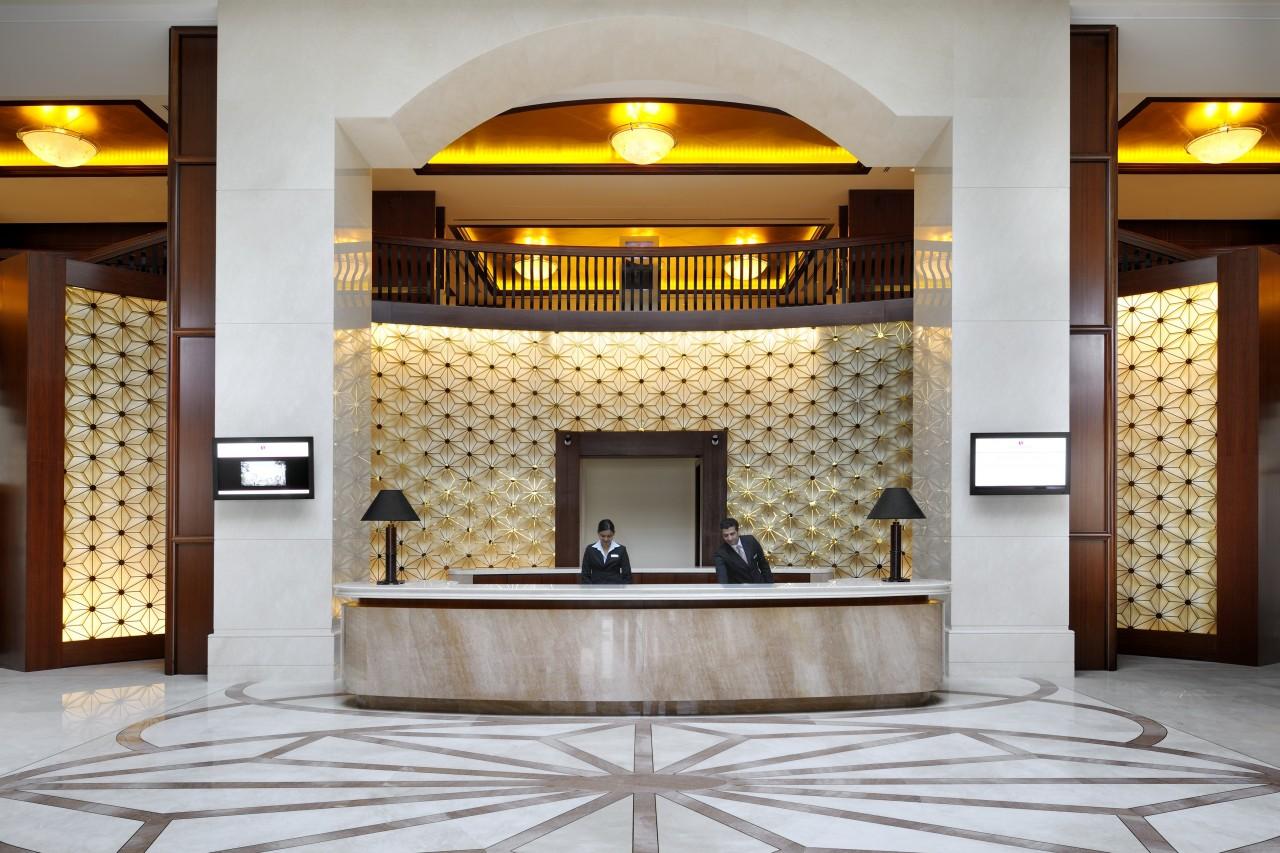 Ramada-Jumeirah-Hotel-Lobby