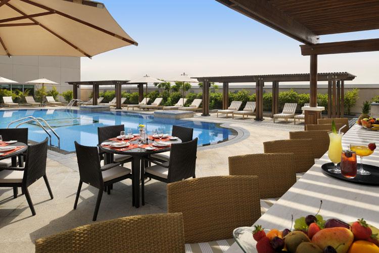 Ramada-Jumeirah-Hotel-tetoter