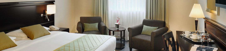 Ramada Jumeirah Hotel****