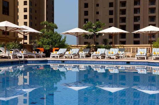 Ramada_Jumeirah_Hotel_004