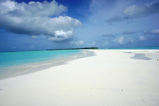 sun-island-beach